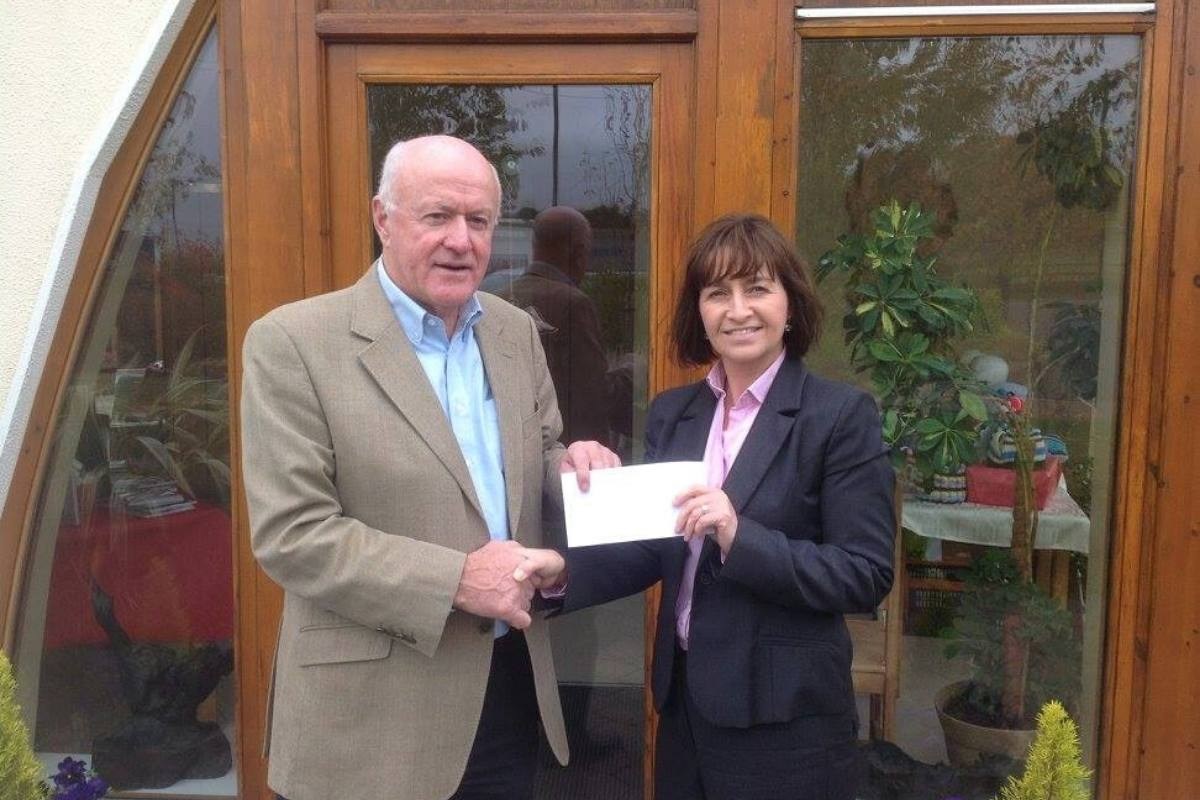 Cheque Fundraising Cuisle Cancer Support